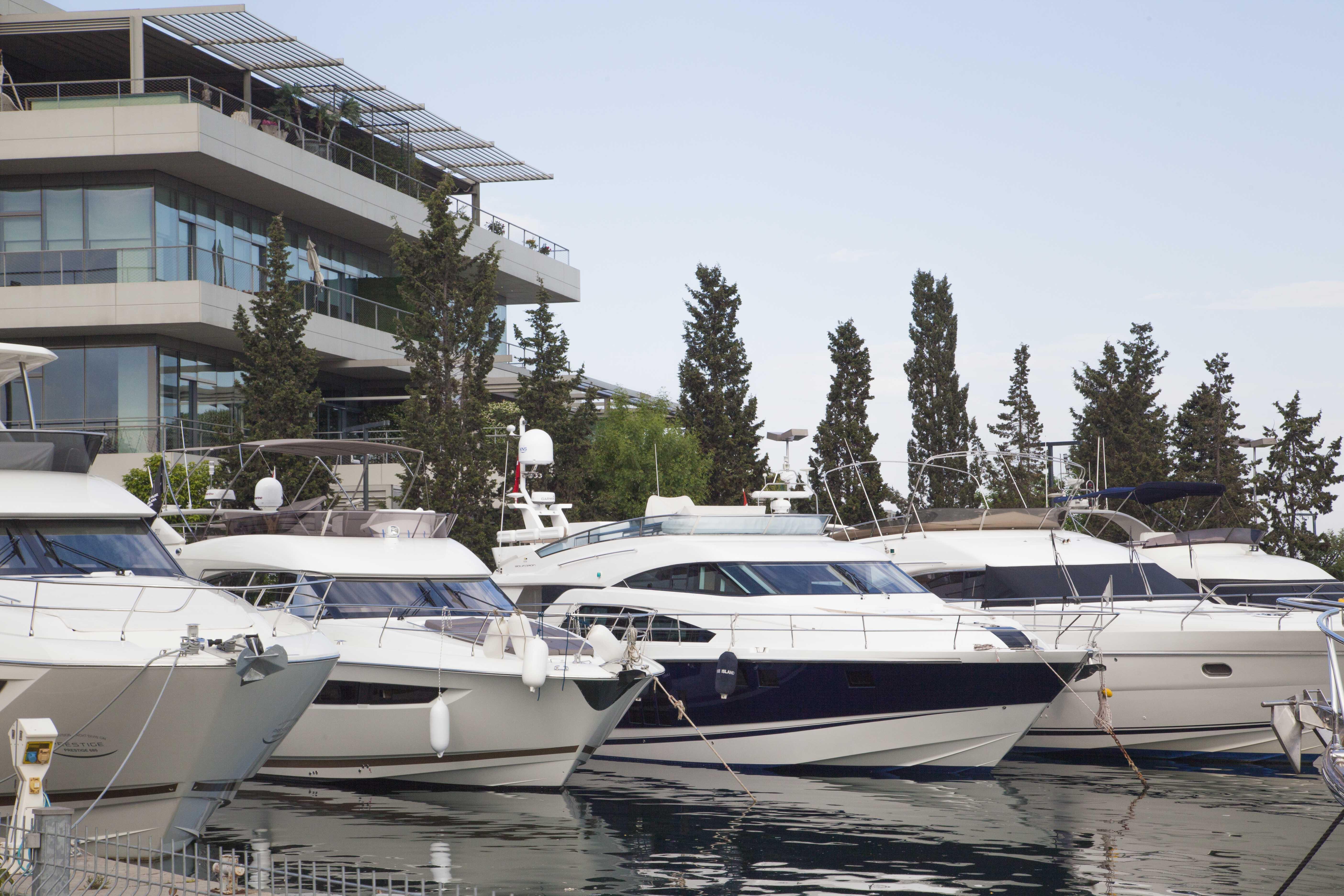 We are at Dubai International Boat Show